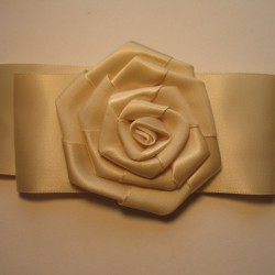 Broszka Różyczka Atłasowa ok. 45mm nr: 261